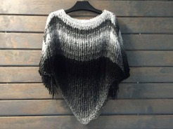 poncho-negroblanco-4